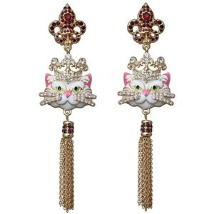 Princess Kitty Tassel Earrings (White/Goldtone)